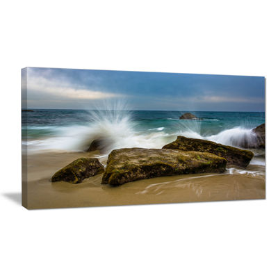 Designart Waves Crashing Rocks At Woods Cove Canvas Art