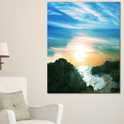 Designart White Waters Among Beach Hills Canvas Art