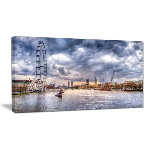 Designart London Skyline And River Thames Canvas Art
