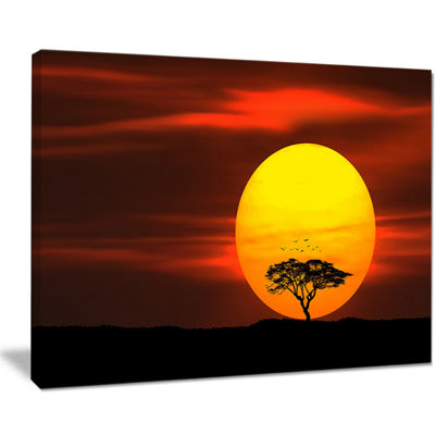 Designart Lonely Tree With Birds At Sunset Canvas Art