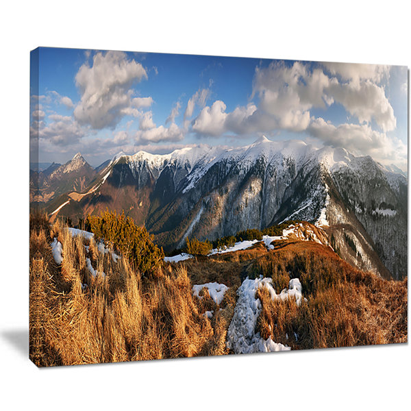 Designart Mountains With Sun At Vratna Valley Canvas Art