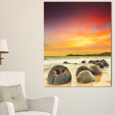Designart Fantastic Moeraki Boulders View At Sunset Canvas Art