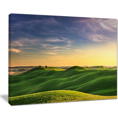 Designart Green Rural Rolling Hills Tuscany Canvas Art