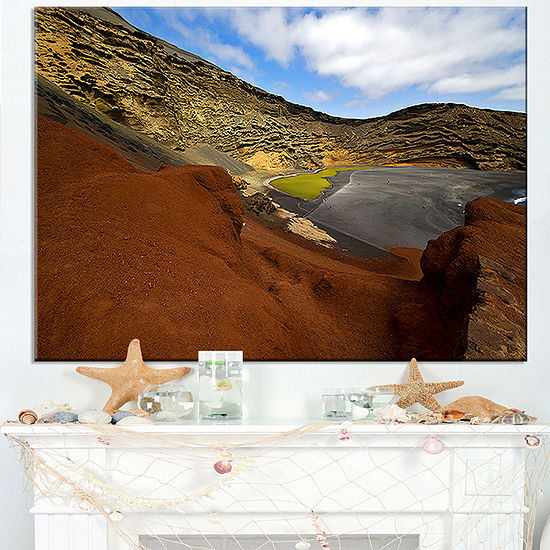Designart In El Golfo Lanzarote Spain Musk Pond Canvas Art