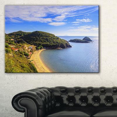 Designart Innamorata Beach And Gemini Islets Canvas Art