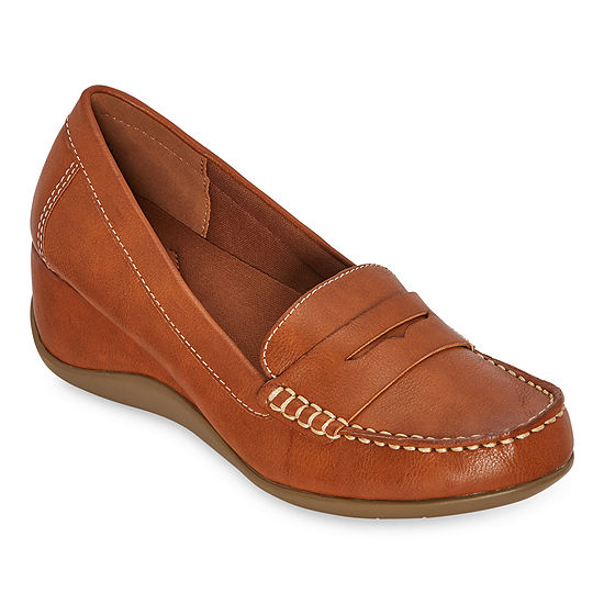 St. John's Bay Womens Ebina Slip-On Shoe Round Toe