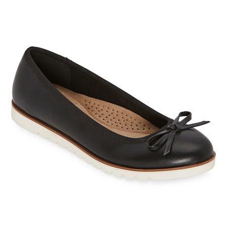 St. John's Bay Womens Cadew Slip-On Shoe, 8 Medium, Black