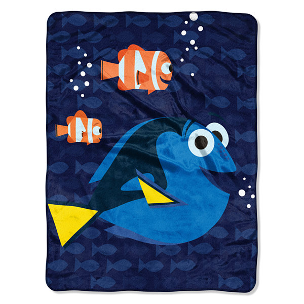 Dory Bubbles in Water Throw