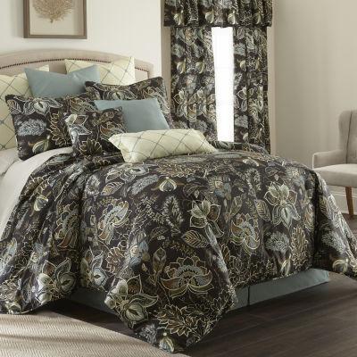 Sylvan Comforter Set