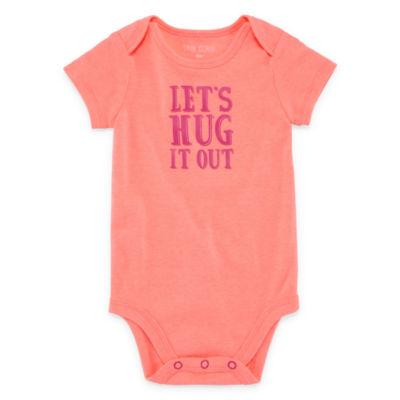 """Okie Dokie """"Let's Hug It Out"""" Short Sleeve Slogan Bodysuit - Baby NB-24M"""