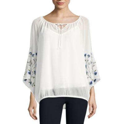 Alyx 3/4 Sleeve Round Neck Woven Embroidered Blouse