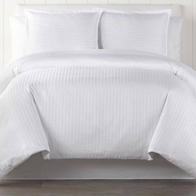Liz Claiborne Classic Collection Damask Duvet Cover
