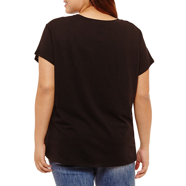City Streets Short Sleeve Round Neck Graphic T-Shirt-Juniors