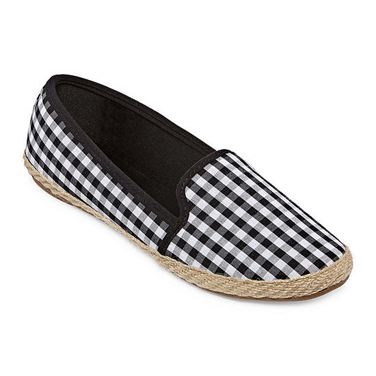 City Streets Cruz Womens Slip-On Shoes
