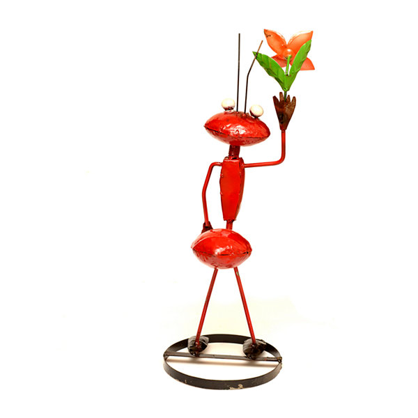 Rustic Arrow Ant With Flower On Hands Figurine