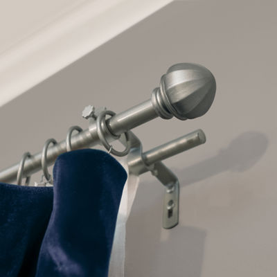 Decopolitan Facet Ball Double Curtain Rod