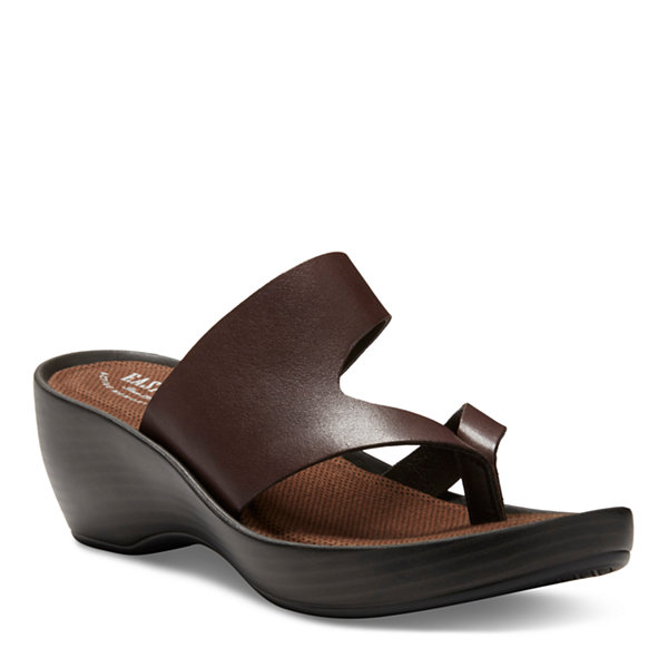 Eastland Laurel Thong Sandals Sty 1 Of 2
