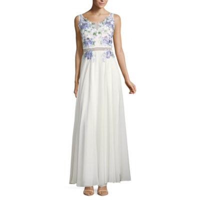 B. Darlin Sleeveless Embroidered Evening Gown-Juniors