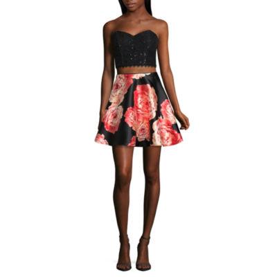 City Triangle Prom Sleeveless Party Dress-Juniors