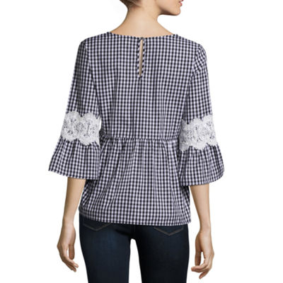 Eyeshadow 3/4 Sleeve Round Neck Poplin Blouse-Juniors