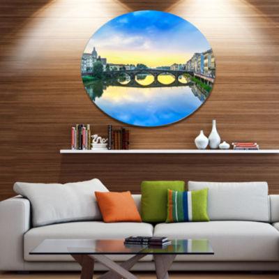 Designart Carraia Medieval Bridge on Arno River Beach Photo Metal Circle Wall Art