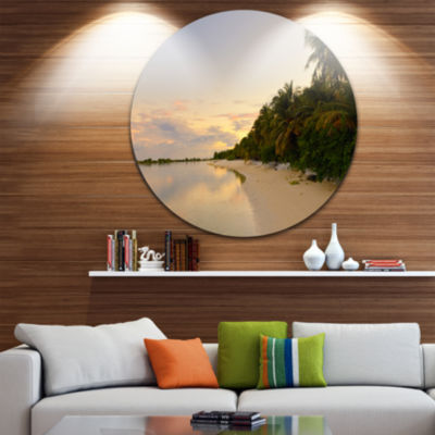 Designart Expansive Tropical Beach Evening Seascape Metal Artwork