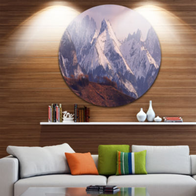 Designart Snowy Tatra Mountains in Spring Landscape Metal Circle Wall Art