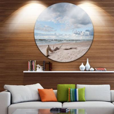 Designart Large Piece of Wood on Beach Seascape Metal Artwork