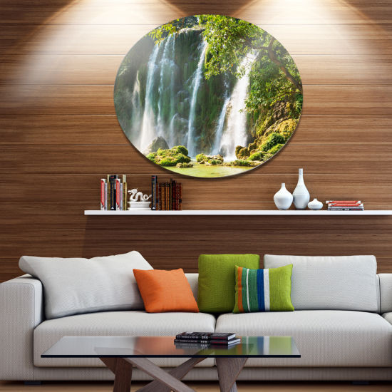 Designart Detian Waterfall in Vietnam Oversized Landscape Metal Circle Wall Art