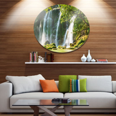 Designart Detian Waterfall in Vietnam Oversized Landscape Metal Circle Wall Art