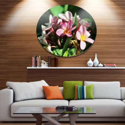 Designart Beautiful Little Pink White Flowers Floral Metal Circle Wall Art