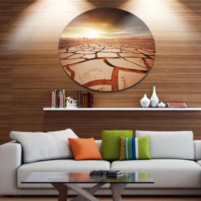 Designart Drought Land under Dark Skies OversizedAfrican Landscape Metal Circle Wall Art