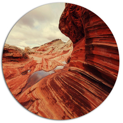 Designart Vermillion Cliffs At Dawn View OversizedLandscape Metal Circle Wall Art