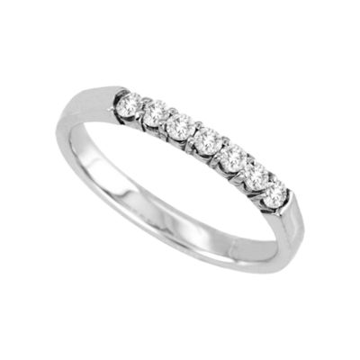 1/4 CT. T.W. Diamond Band 14K White Gold