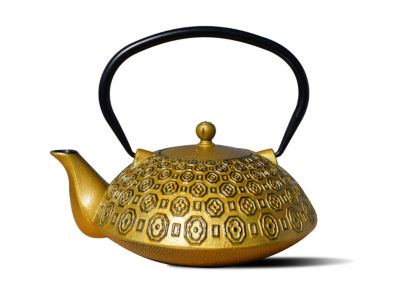 Old Dutch 37 Oz Gold and Black Cast Iron Ritchi Teapot