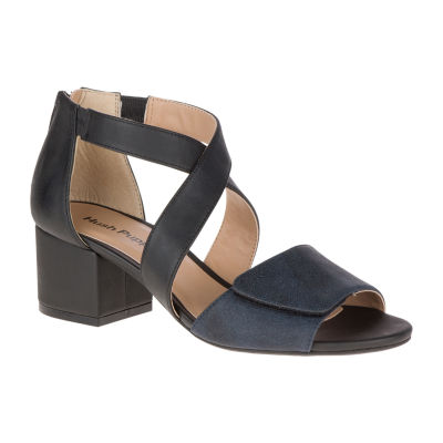 Hush Puppies Mackayla Womens Slip-On Shoes Zip Open Toe
