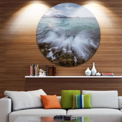 Designart Waves Splashing Rocks in Norway SeascapeMetal Artwork