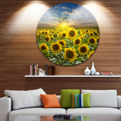 Designart Field of Blooming Sunflowers Large Flower Metal Circle Wall Art