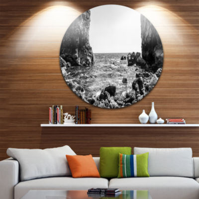 Designart Bottom Cliffs in Dorset England Large Seascape Art Metal Circle Wall Art