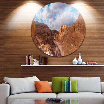 Designart White Canyon at South Sinai Egypt Landscape Metal Circle Wall Art