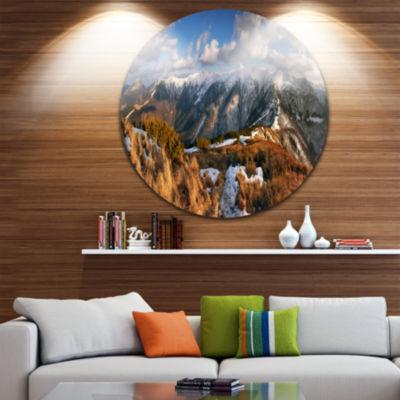 Designart Mountains with Sun at Vratna Valley Landscape Metal Circle Wall Art