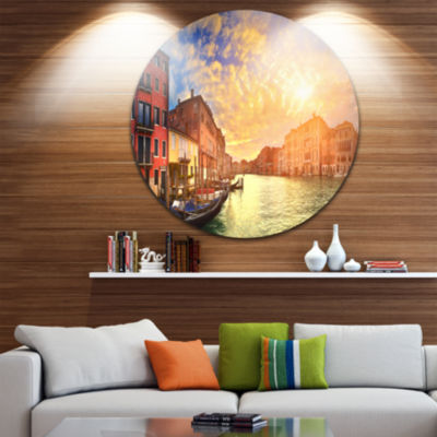 Designart Majestic Sunset over Venice Cityscape Metal Circle Wall Art