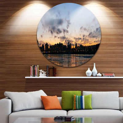Designart Sunset with Clouds in Kiev Panorama Cityscape Metal Circle Wall Art
