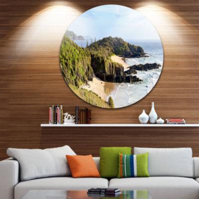 Designart Australian Coastline Crescent Head Landscape Metal Circle Wall Art