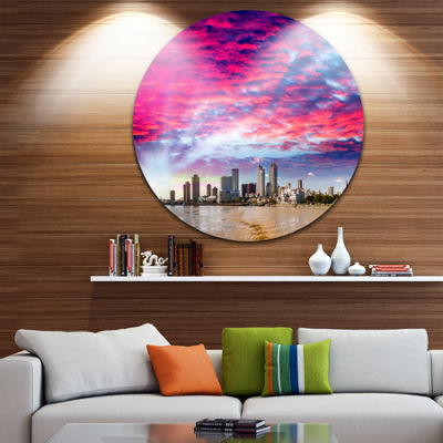 Designart New Orleans Building and Skyscrapers Cityscape Metal Circle Wall Art
