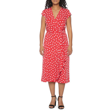 1940s Dress Styles Robbie Bee-Petite Short Sleeve Polka Dot Midi Fit  Flare Dress Petite Small  Red $31.99 AT vintagedancer.com