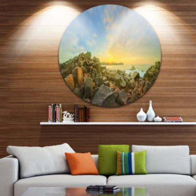Designart Beautiful Romantic Beach Sunrise Landscape Metal Circle Wall Art