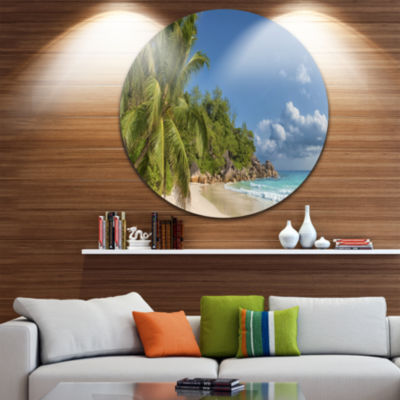 Designart Anse Georgette Beach Dark Blue Large Seascape Art Metal Circle Wall Art