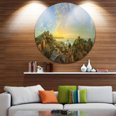 Designart Sri Lanka Romantic Beach Panorama LargeSeascape Art Metal Circle Wall Art