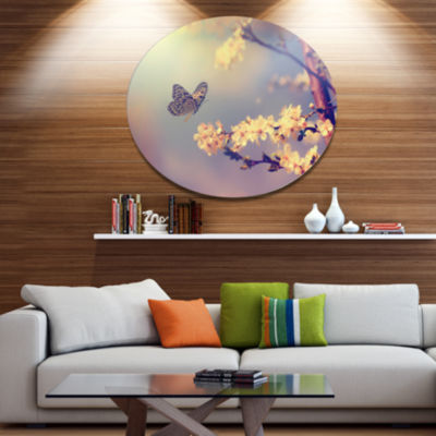 Designart Vintage Butterfly with Flowers Large Floral Metal Circle Wall Art